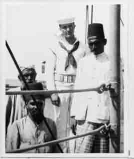 Merchants on board Connecticut, Ceylon (Sri Lanka), December 1908.