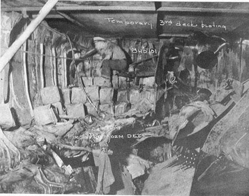 USS Independence CVL22 & USS Denver CL58 War Damage Report No  52