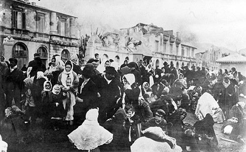 NH 1177:  Messina Earthquake, December 28, 1908.   Refugees waiting for transportation at Messina, Sicily.   Photographed in January 1909.   NHHC Photograph Collection