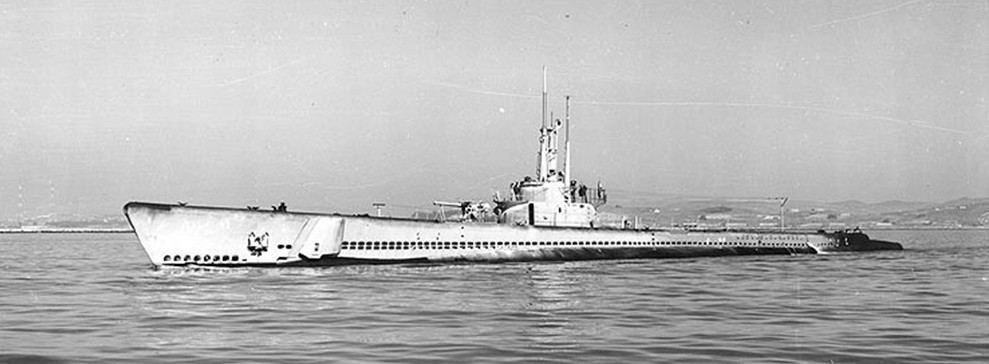 NH 98043:  USS Balao (SS-285), off the Mare Island Navy Yard, California, October 25, 1944.  NHHC Photograph Collection.