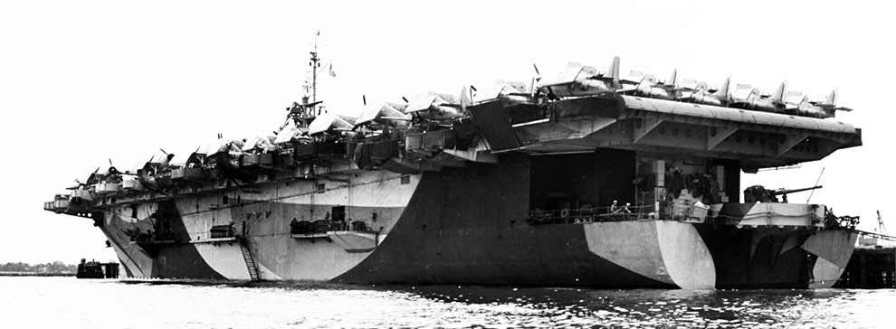NH 79408:  USS Gambier Bay (CVE-73) wearing Camouflage Measure 32, Design 15A, April 1944  NHHC Photograph Collection.