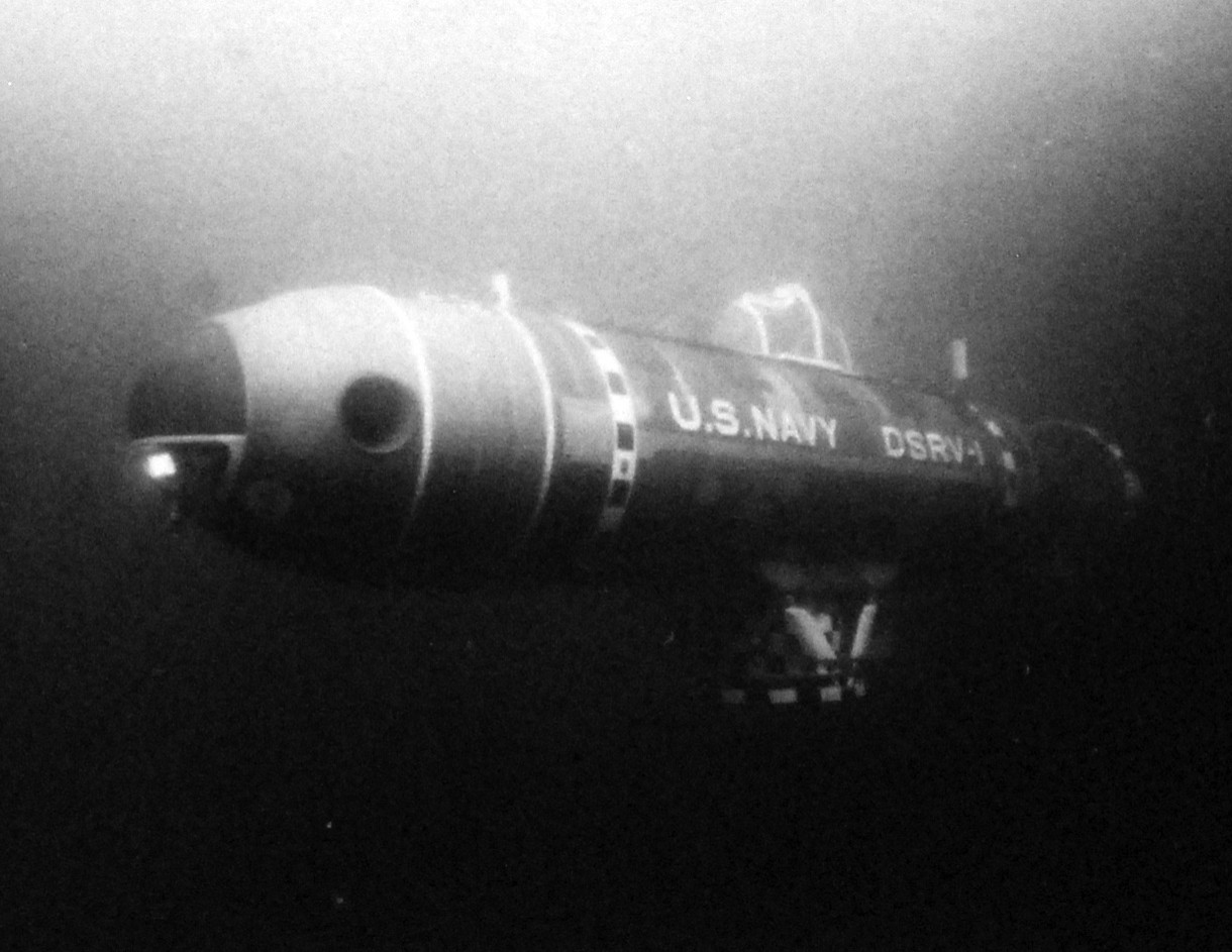 428-GX-USN 1147120:  Mystic (DSRV-1), 1970.   The U.S. Navy Deep Submergence Rescue Vehicle Mystic (DSRV-1) makes a test dive off San Diego, California.  Photograph released February 1971.  U.S. Navy photograph, now in the collections of the National Archives.  (2016/02/23). Original is from reference card only.
