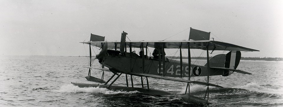 Burgess N-9 (Bu# A-2429), taxiing for takeoff, 24 November 1918.  Note insignia on fuselage.   NHHC Photograph Collection:  NH 91599.
