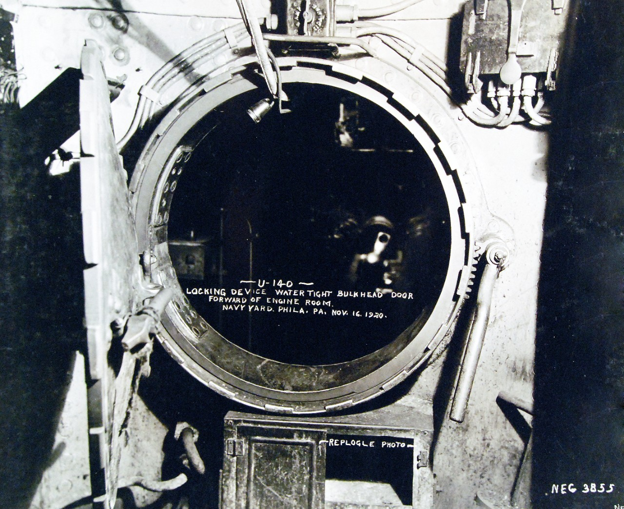 19-N-3855:  German submarine, U-140, locking device, water-tight bulkhead door, forward of the engine room, while at Philadelphia Navy Yard, Philadelphia, Pennsylvania, November 16, 1920. Official Bureau of Ships Photograph, now in the collections of the National Archives.    (12/09/2014).