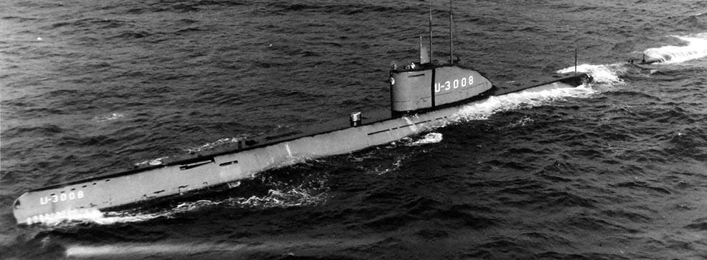 WW2 German Navy Submarine U-Boat Picture