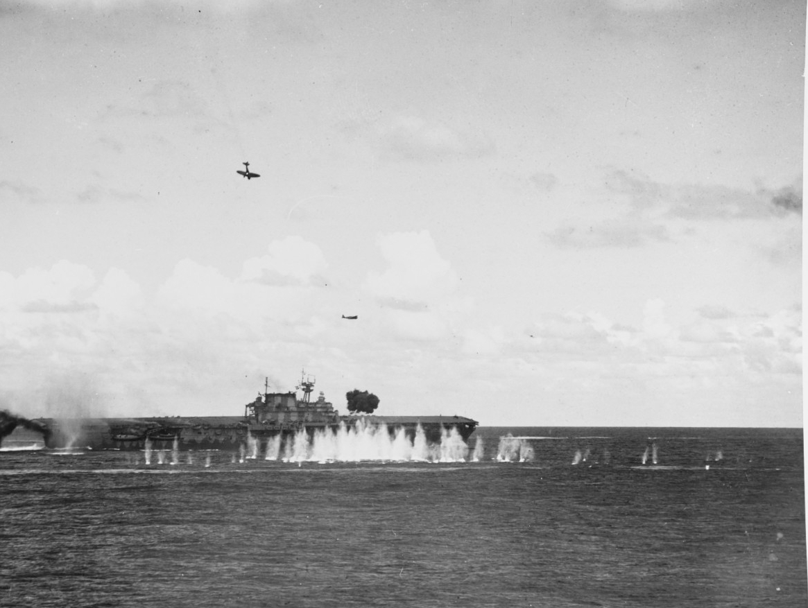 Photo #: 80-G-33947  Battle of the Santa Cruz Islands, October 1942