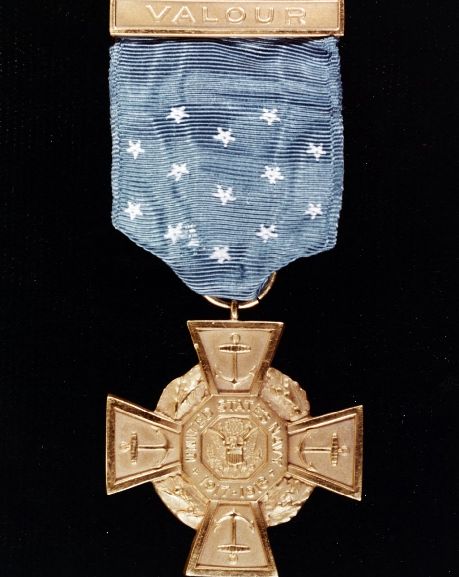 "Photo #: NH 78213-KN World War I U.S. Navy Medal of Honor (""Tiffany Cross"" pattern)"
