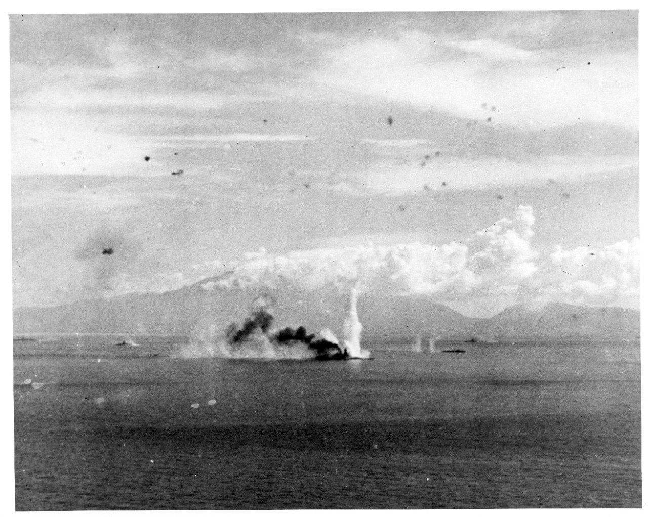 Photo #: 80-G-281766  Battle of the Sibuyan Sea, 24 October 1944