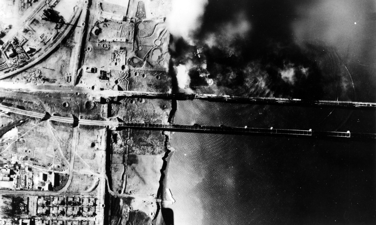 Aerial photo of attack on Yalu River bridges