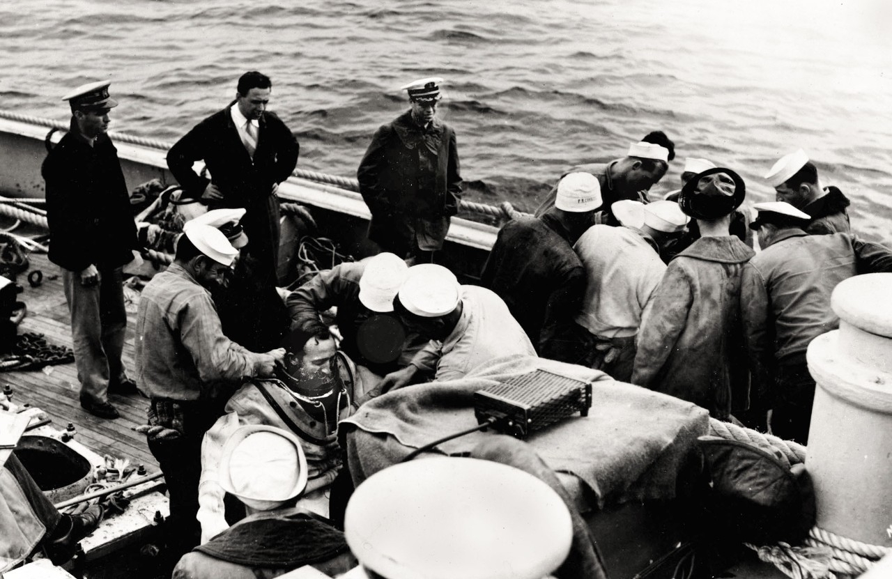 Rescue operation USS Squalus (SS-192)
