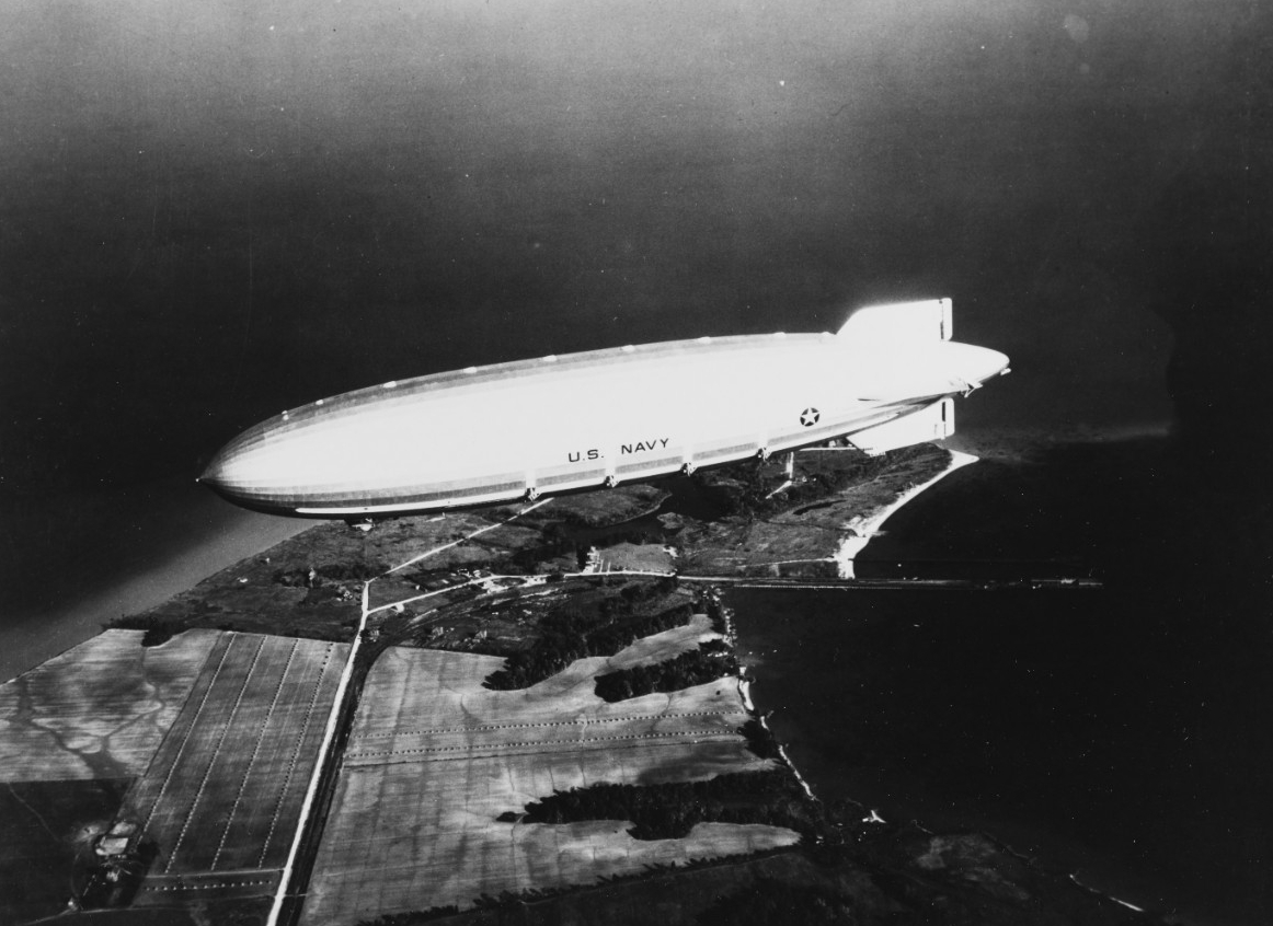 Photo #: 80-G-462238  USS Akron (ZRS-4)