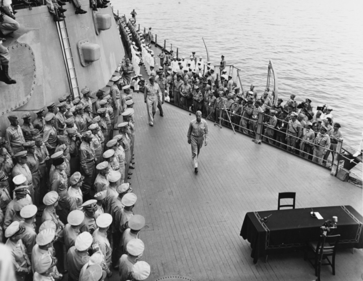 Photo #: 80-G-332660  Surrender of Japan, Tokyo Bay, 2 September 1945