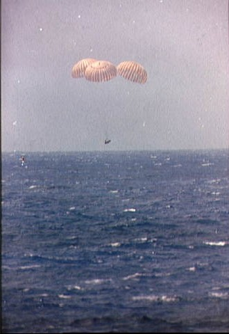 Apollo 12 Command Module nears splashdown in the Pacific Ocean