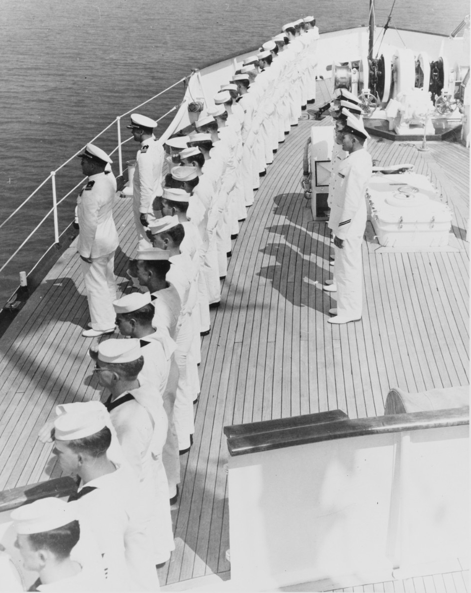 Officers and crews of USS WILLIAMBURG
