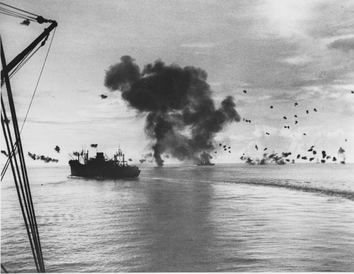 Photo #: 80-G-32366  Naval Battle of Guadalcanal, 12-15 November 1942