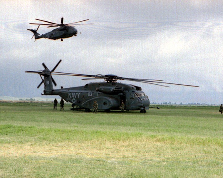 Two U.S. Navy CH-53E Super Stallions
