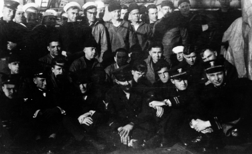 Jacob Jones survivors following their rescue on 7 December 1917 (NH 92064).