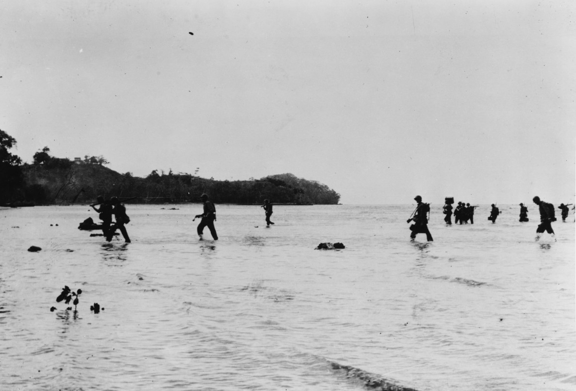 Photo #: 80-G-16485  Guadalcanal-Tulagi Operation, 7-9 August 1942