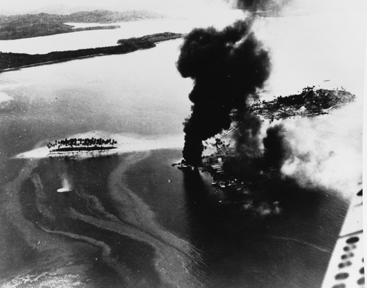Photo #: 80-G-11899  Guadalcanal-Tulagi Landings, 7-9 August 1942