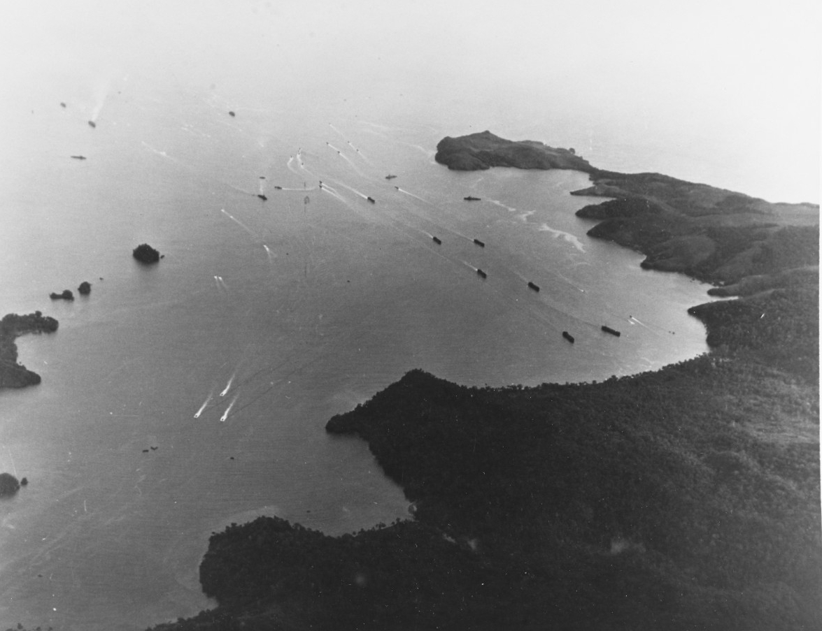 Hollandia , New Guinea, Operation, April 1944.