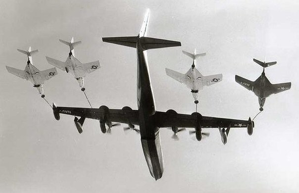 Figure 4 R3Y Tradewind refuels four Cougars in flight, note the thinfuselage