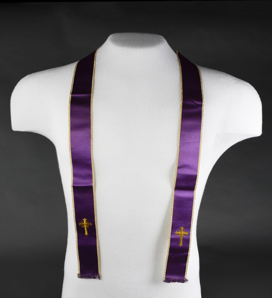<p>Purple ribbon sash with gold embroidered crosses and edges belonging to LT JF Crotty&nbsp;</p>