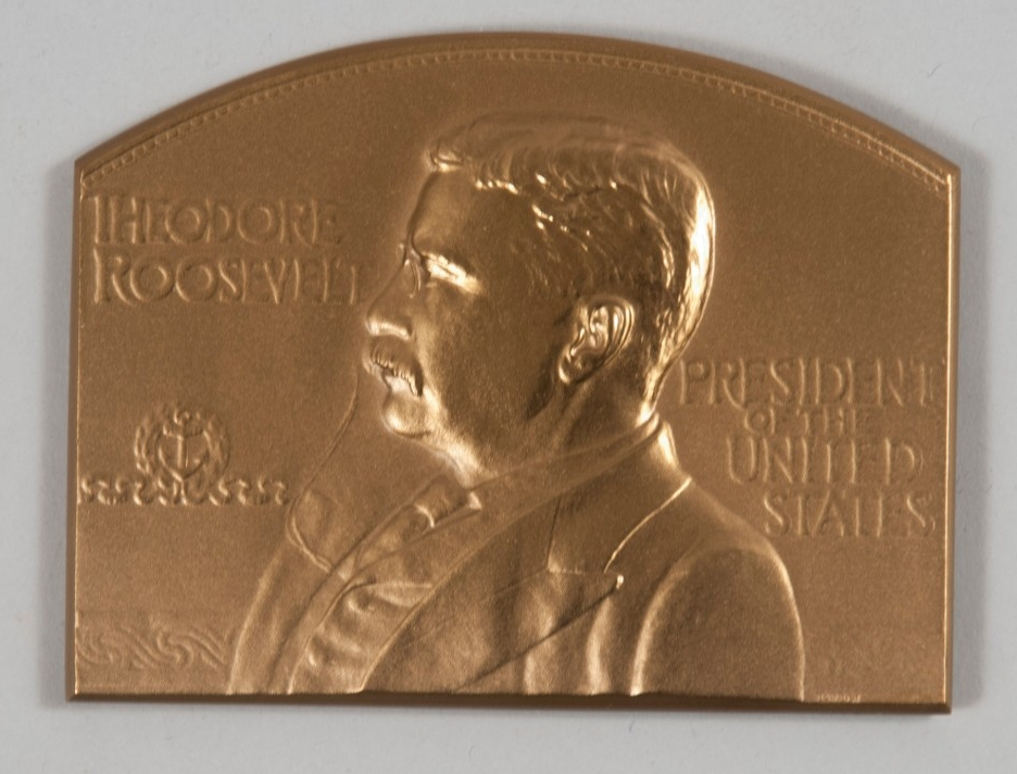Obverse showing profile of Theodore Roosevelt, President of the United States