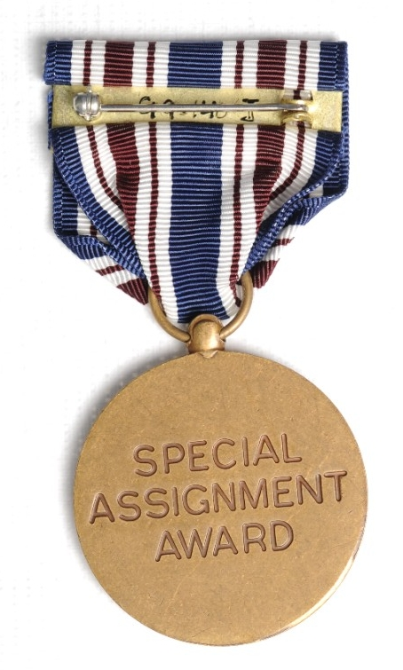 <p>Public Health Service Special Assignment Medal Reverse</p>