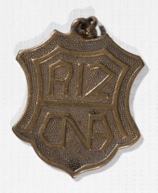 <p>USS Arizona (BB-39) Pendant obverse</p>