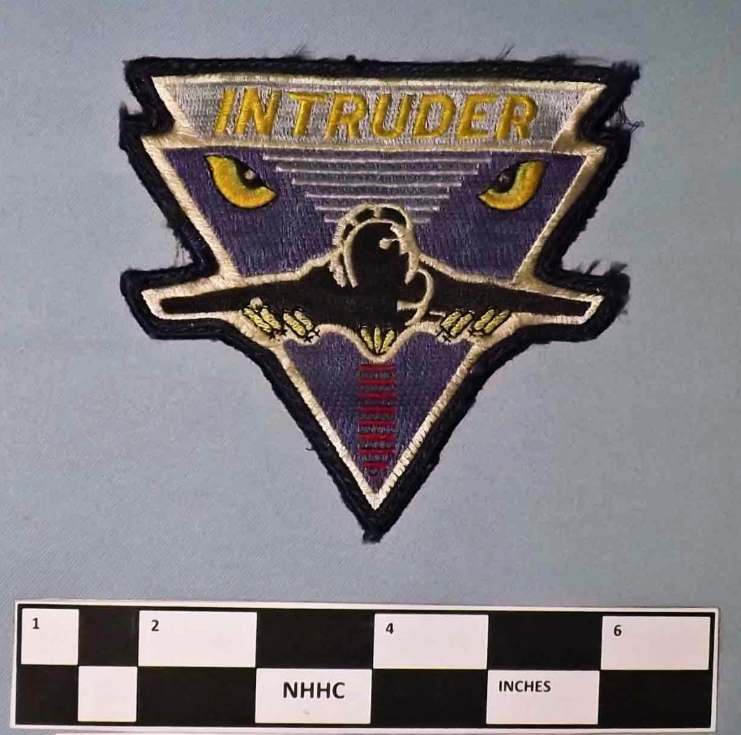 Flight patch A-6 Intruder Grumman color, yellow white black red purple