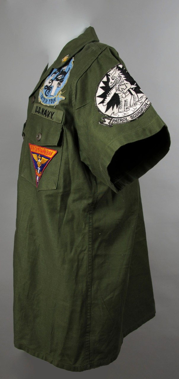 <p>Uniform top, MCPON Delbert Black Left Side View&nbsp;</p>