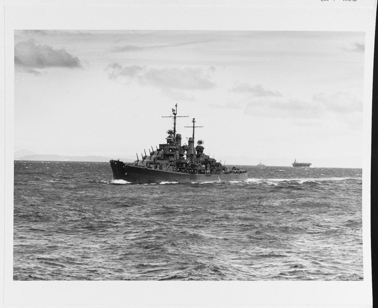 Photo #: 80-G-326050  USS Oakland (CL-95)