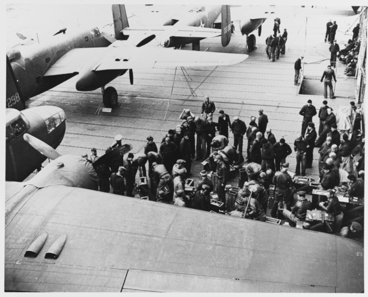 Photo #: NH 53423  Doolittle Raid on Japan, 18 April 1942