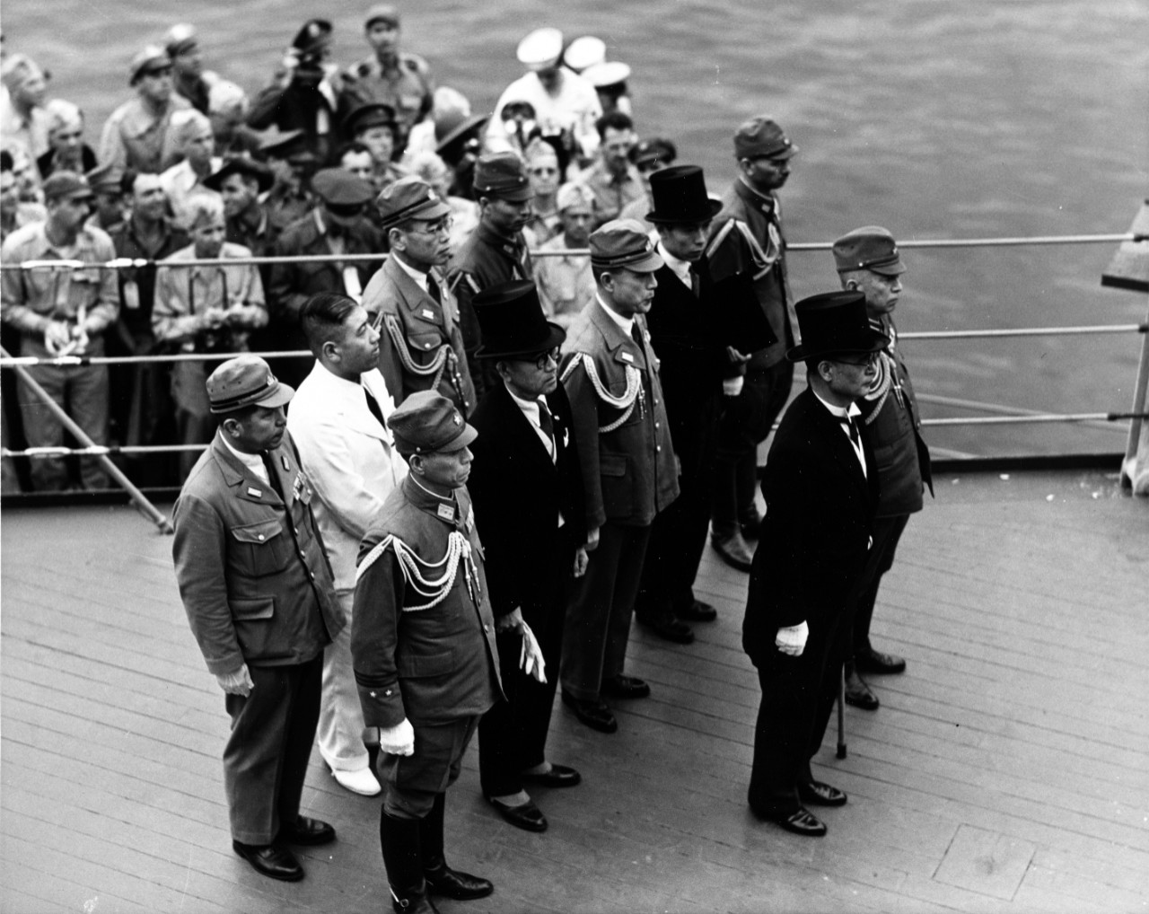 Photo #: NH 96808  Surrender of Japan, Tokyo Bay, 2 September 1945