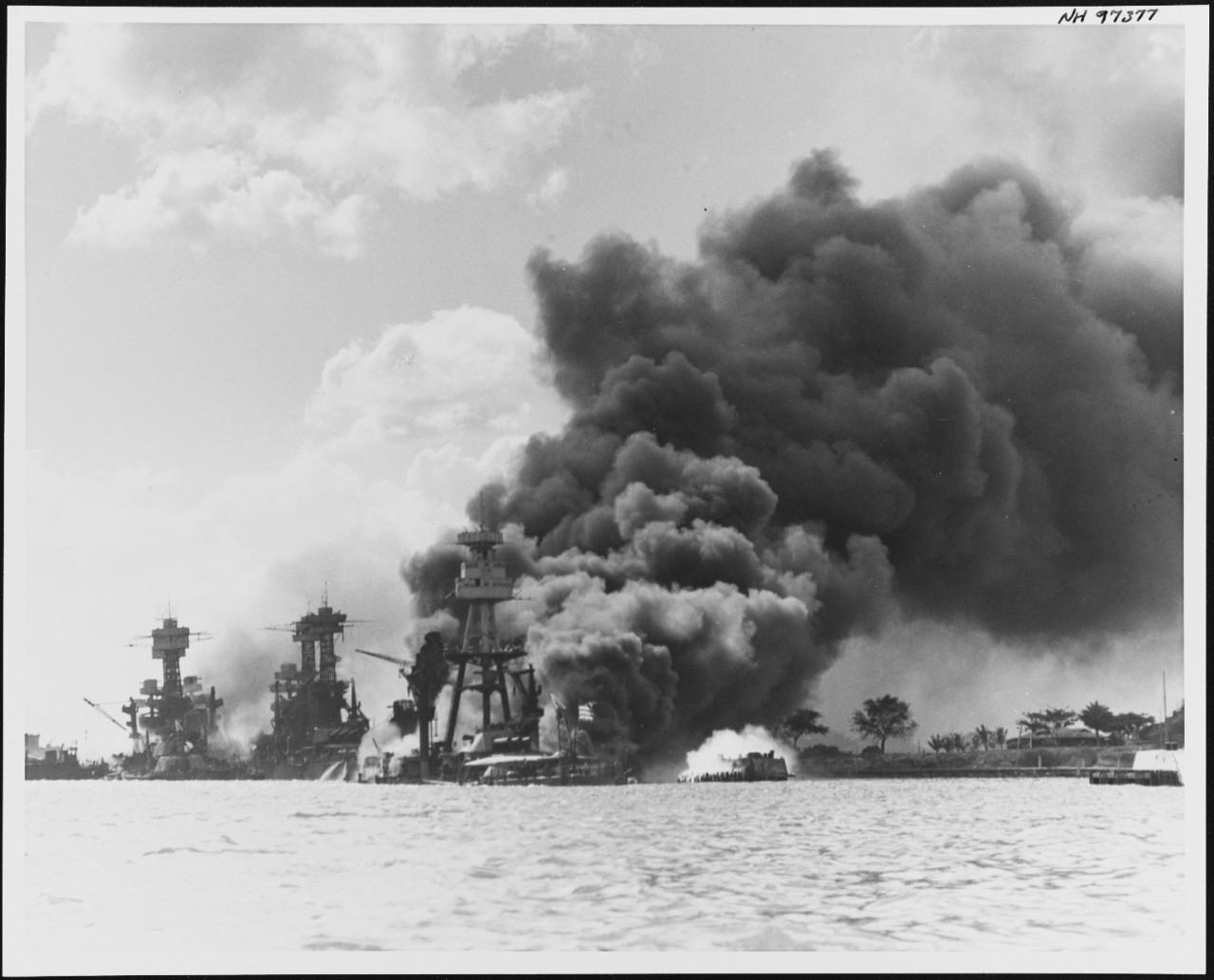 Photo #: NH 97377  Pearl Harbor Attack, 7 December 1941