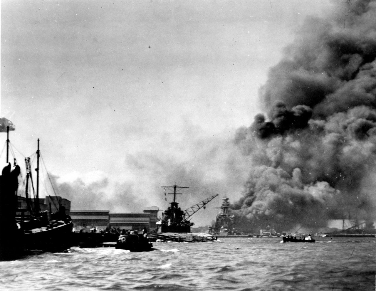 Photo #: 80-G-32953  Pearl Harbor Attack, 7 December 1941