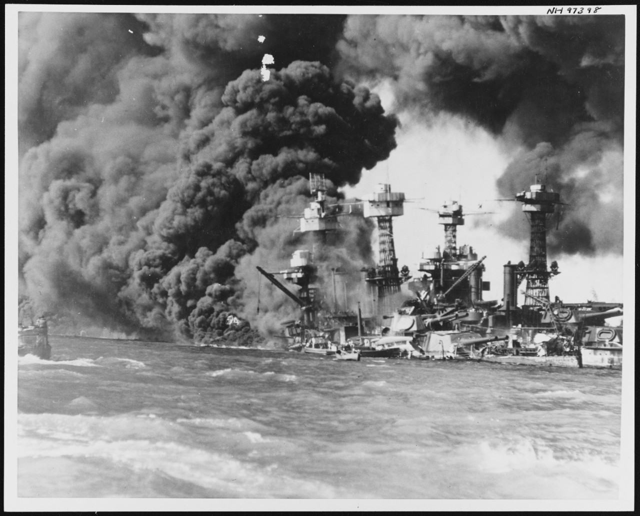 Photo #: NH 97398  Pearl Harbor Attack, 7 December 1941