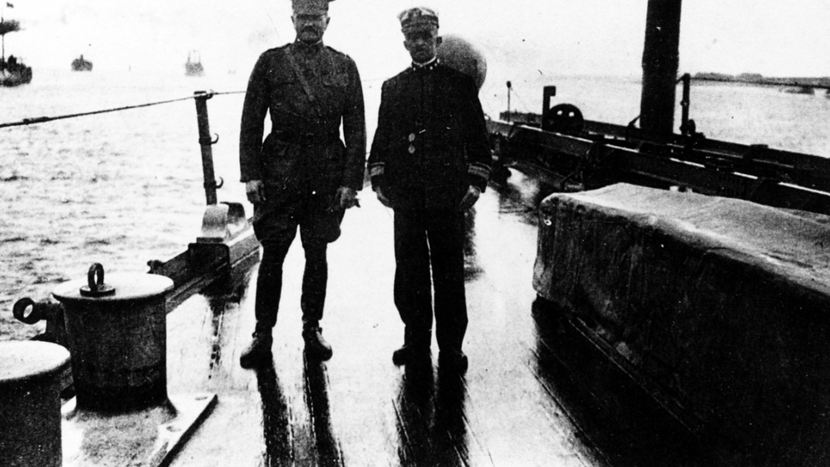 General John J. Pershing and Rear Admiral Albert Gleaves on the deck of USS Seattle in the harbor of Brest, 1918. Courtesy of CDR. D.J. Robinson, USN (RET), 1981, NH 91822.