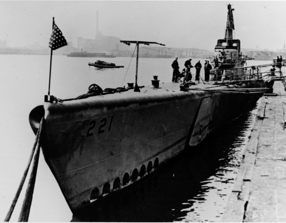 Blackfish, 1945. (Naval History and Heritage Command Photograph NH 79759)