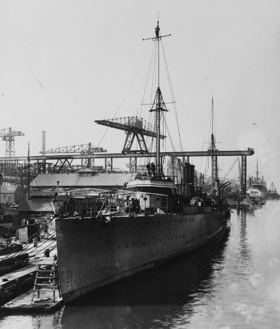 Caldwell fitting out at the Mare Island Navy Yard, 1 November 1917, one month away from commissioning. Note awning ridge poles forward. (Naval History and Heritage Command Photograph NH 69834)