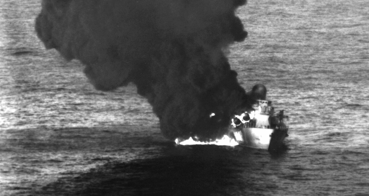 A Soviet-built Nanuchka II-class guided missile corvette burns in the Gulf of Sidra after U.S. and Libyan forces clash, 25 March 1986. (U.S. Navy Photograph 330-CDF-DN-SN-86-05289, Naval History and Heritage Command)