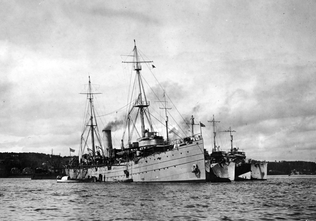 Dixie tending destroyers at Queenstown during World War I, no date. (Naval History and Heritage Command Photograph NH 46204)
