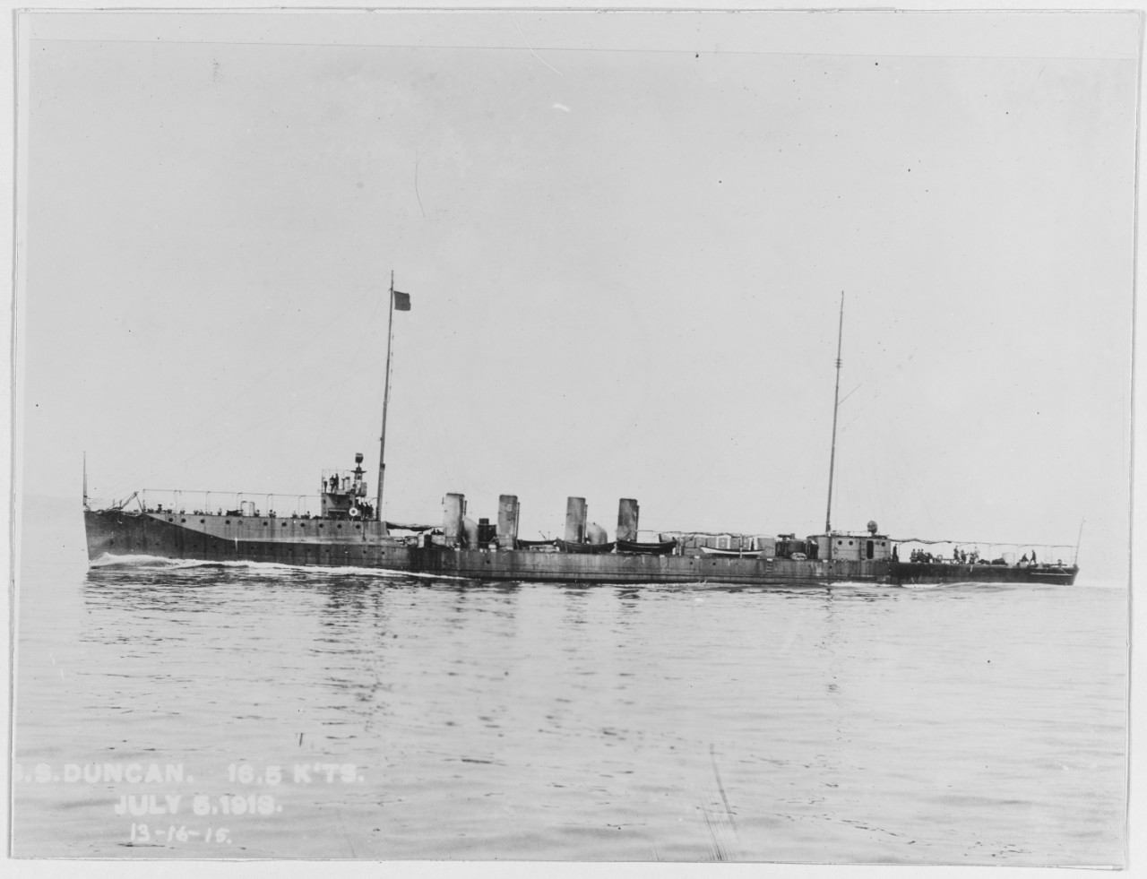 Duncan, prior to installation of armament, making 16.5 knots while running trials, 5 July 1913. (Naval History and Heritage Command Photograph NH 54578)