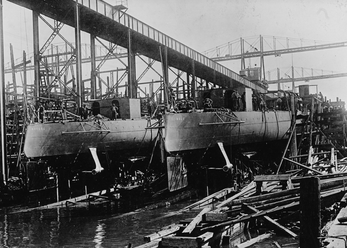 Breese (Destroyer No. 122) and Gamble (Destroyer No. 123) on the ways at Newport News Ship Building Company, Newport News, Va., between November 1917 and May 1918. (Naval History and Heritage Command Photograph NH 43018)