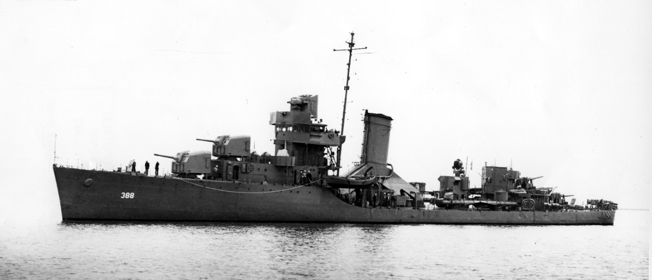 Helm off the Mare Island Navy Yard, Calif., 26 February 1942. U.S. Navy Bureau of Ships Photograph 19-N-28730, National Archives and Records Administration, Still Pictures Division, College Park, Md.)