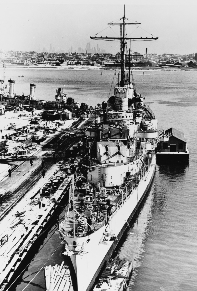Juneau fits out at her building yard 5 January 1942, with the iconic New York City skyline in the background. (U.S. Navy Bureau of Ships Photograph 19-N-28153, National Archives and Records Administration, Still Pictures Branch, College Park, Md.)