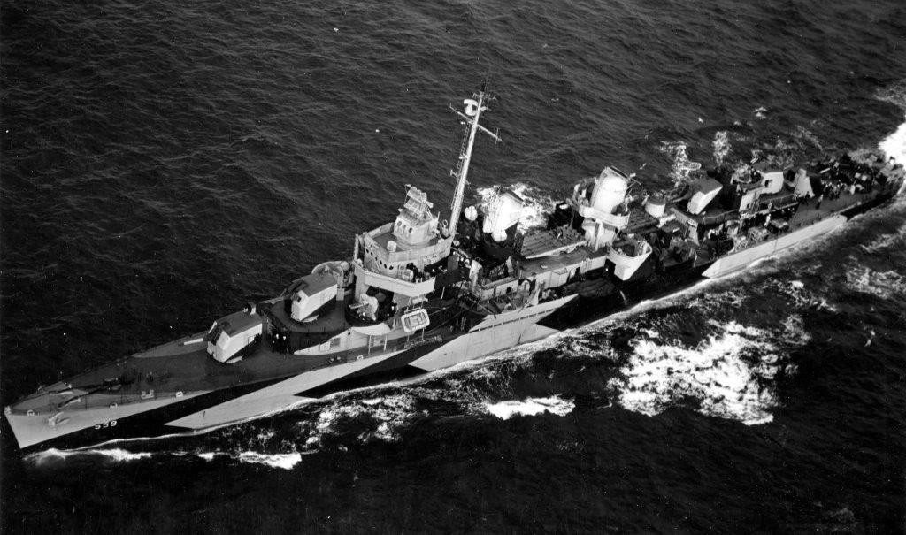 Longshaw at sea on 18 February 1944, as seen from a ZP-32 airship at 1400 on 18 February 1944. (U.S. Navy Photograph 80-G-223364, National Archives and Records Administration, Still Pictures Division, College Park, Md.)