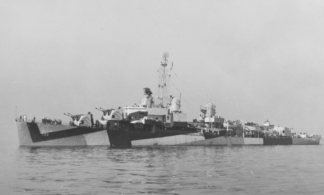 Mannert L. Abele steams in the Atlantic Ocean during workups less than a month after her commissioning at Boston Navy Yard on 1 August 1944. She is wearing Camouflage Measure 32, Design 11A. (U.S. Navy Bureau of Ships Photograph 19-N-69039, National Archives and Records Administration, Still Pictures Division, College Park, Md.)