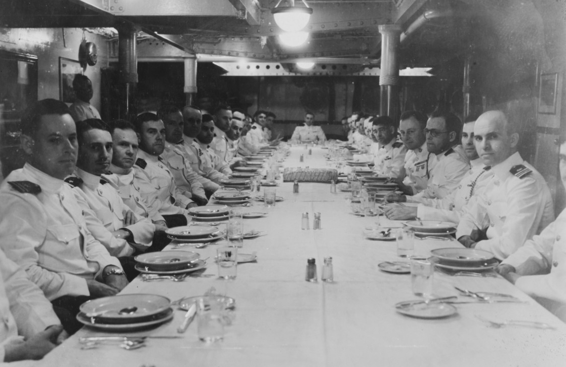 New York officers' mess, 1931. (Naval History and Heritage Command Photograph NH 45004)