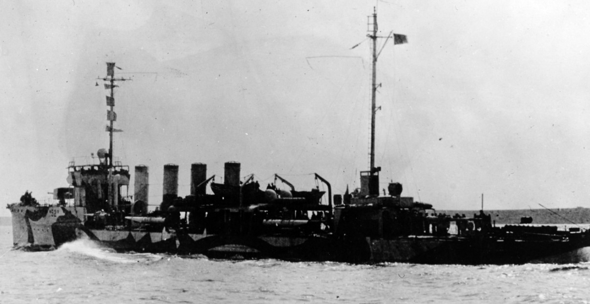 Nicholson underway 18 May 1918, while painted in World War I pattern camouflage. (Naval History and Heritage Command Photograph. NH 89413)
